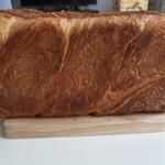 ベーカリー ハチマルニ - デニッシュ食パン1