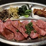 yakinikudoukaisan - ロース定食(ランプ。これにサラダ、スープ、ご飯、ドリンクがつきます。1500円!)