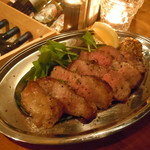 酒選房 - イベリコ豚肩ロースのグリル
