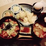 145888057 - 県産若鶏と金精トロロ丼と金ヶ崎産しいいたけ天ぷら定食