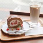 キッサ マシマロ - 2021年2月再訪:黒糖といちごのロールケーキ☆