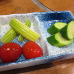 倭食処 かくれんぼ - ピリ辛ピクルス(サービス)