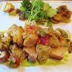 Co.N.Te - 鮮魚の香草パン粉焼きと生野菜のマリネ、胡麻パン