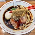 ら~麺 安至 - 菅野製麺製の中細ストレート麺