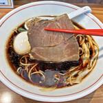 ら~麺 安至 - 大きなチャーシュー