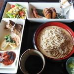 和 - 料理写真:日替わりそばランチプレート¥1200