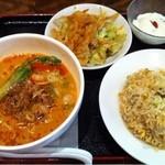 中国麺家 - ミニ担々麺とミニチャーハンセット(880円)
