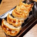 肉汁餃子のダンダダン - 焼き餃子 460円