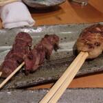 よだきんぼ - 砂ズリの塩焼と地鶏のつくね