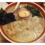 14593551 - 広州雲呑麺(塩) \760  麺、スープ、ワンタン、全てが「丁度イイ」ラーメンです。