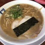 魁龍 - ラーメン690円