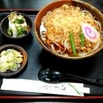 大むら - 料理写真:たぬきうどん(税込590円)
