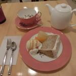 グレイス カフェ - シフォンケーキセット  800円