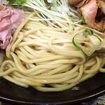 自己流ラーメン綿麺 - 和風とんこつちゃーしゅー 大盛 燻製ハムトッピング(麺)