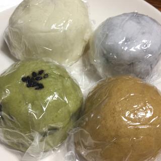 川村屋賀栄 - 料理写真:お饅頭