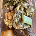サンサンゴゴ - 沖縄ご飯弁当! 見た目に反して…なかなか美味いかったそうです‼️