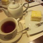 菓楽 - 銀座4丁目チーズケーキセット(\1,260-)