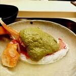 146008269 - 「松葉蟹しゃぶ 蟹味噌』独特の蟹。生をお出汁に漬け込んで繊維が痩せるのを防ぎその後茹でているとの事。食べごたえもあり、皆様に試していただきたい一品