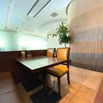 チャイナグリーン - チャイナグリーン@東京ビッグサイト 店内風景 密を避けれます
