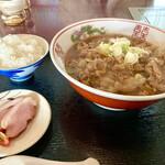 お食事処 南海 - スタミナラーメン 税込750円