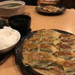 味餃子専門店 味奉行 - 焼き餃子セット