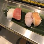 寿司 魚がし日本一 - 最初に四貫
