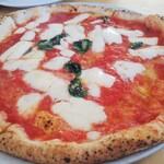 ピッツェリア トニーノ - マルゲリータマルゲリータ やや薄めでペロッと食べれます。美味しいです。100名店レベル