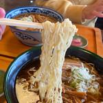 高砂中華そば - 高山の低加水極細縮れ麺はサックサク