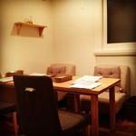 パンケーキママカフェ VoiVoi - テーブル席