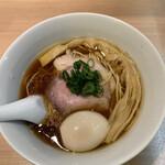 146032315 - 味玉醤油らぁ麺 900円