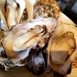 ことぶきや - むっちり蒸し牡蠣