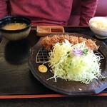 かつ泉 - 昆布じめロースカツ定食1580円+税