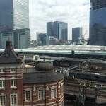 146046630 - 新幹線も見える東京駅