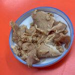 146050855 - 「替肉」(100円)。やっぱりコレはマスト。プライスレス。