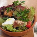 nil cafe - ランチのサラダ