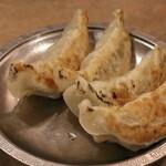 百番 - 自家製焼き餃子