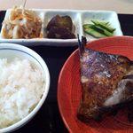 薮原十区 - 焼魚ランチ(目鯛醤油漬)