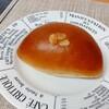 ベーカリーフェーブ - 料理写真:クリームパン