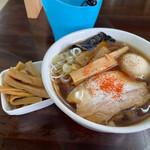 太麺屋 - 料理写真:小盛り太麺650円+半熟味玉100円+メンマ100円