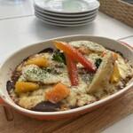 カジュアルカフェ&レストラン サンフラワー - グリル野菜の焼きカレー