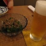 家庭料理 ことこと - ブロッコリーのアンチョビソース & 生ビール