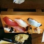 寿司割烹 あじ味 - お任せ握り