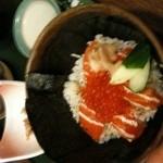 寿司割烹 あじ味 - サーモン親子丼