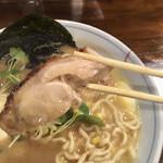 らぁめん 欽山製麺所 - 鶏チャーシューだよ〜
