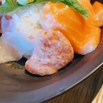 三ノ汁 - ネギトロとサーモン♡