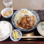 ちとせ食堂 - 豚生姜焼定食 ¥990円