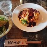 食ん菜 - ふわふわトロトロオムライス、ガーリックライス¥880