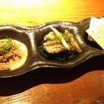 ROBATA 二代目 心 - 前菜三種盛り