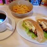 サンドイッチ食堂MotorTown99 - てりたまピタサンドセット