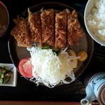 ダイニング&カフェ Derra - ロースかつ定食